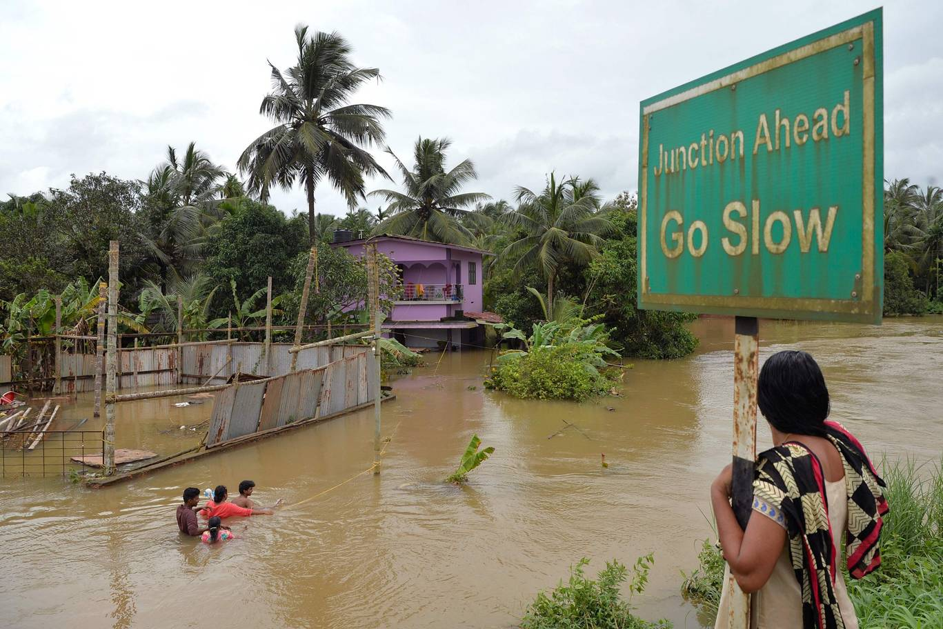 Kerala threatened with epidemic of 'rat fever' after severe flooding