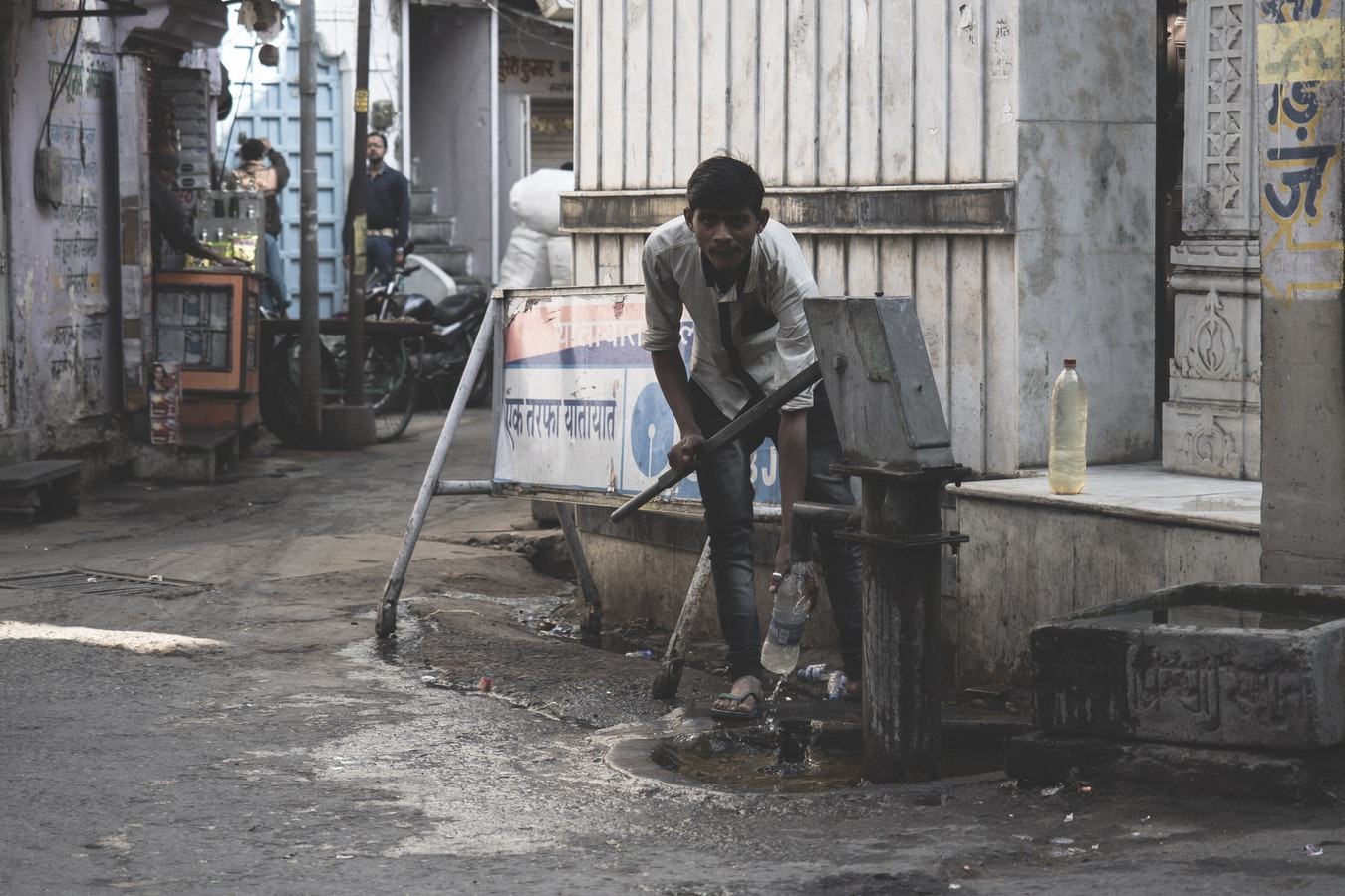 6 million people in India are facing the worst water crisis in history